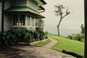 Hatale Tea Estate Bungalow - Matale