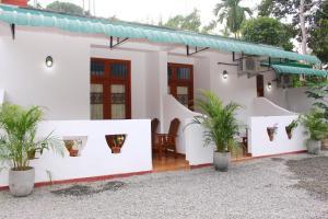 Hispaniola inn