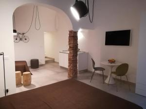 40 Via Penninello - AbcAlberghi.com