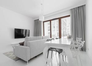 Wilanów Lovely Apartment - Augustówka