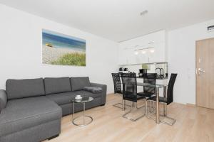 Wind Rose Quarter Apartments by Renters