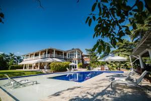 Casa Hotel El Triangulo