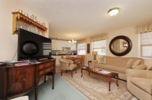 Menzies Manor, Apartmanok  Victoria - big - 39
