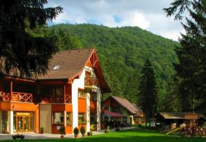 Pension Chatova osada Gader Blatnica Slowakei
