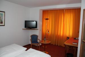 Hotel & Restaurant Zum Ochsen, Hotels  Hösbach - big - 21