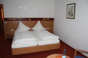 Hotel & Restaurant Zum Ochsen, Hotels  Hösbach - big - 20