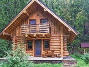 Two-Bedroom Holiday Home in Kamenec p.Vtacnikom - Uhrovec