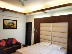 Green Nest - Private Garden with Your Room, Priváty  Gurugram - big - 3