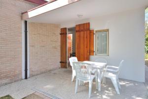 Villa Trimotel, Appartamenti  Bibione - big - 10