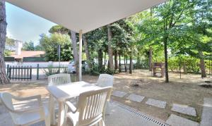 Villa Trimotel, Appartamenti  Bibione - big - 7