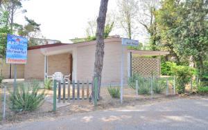 Villa Trimotel, Apartmány  Bibione - big - 13