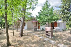 Villa Trimotel, Appartamenti  Bibione - big - 12