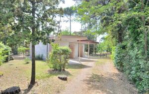 Villa Trimotel, Appartamenti  Bibione - big - 11