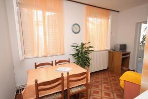 Apartment Palit 5010a, Appartamenti  Rab (Arbe) - big - 10