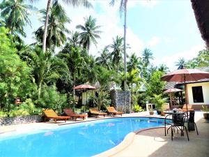 tropical heaven's garden - Ban Laem Din