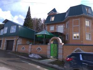 Www Hotel Starovoytovoy - Topol'noye
