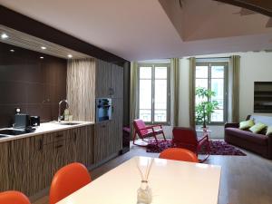 Beautiful duplex in the center of Paris, Apartmány  Paříž - big - 15
