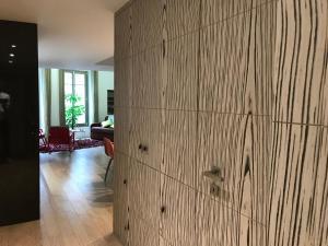 Beautiful duplex in the center of Paris, Apartmány  Paříž - big - 2