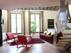 Beautiful duplex in the center of Paris, Apartmány  Paříž - big - 3