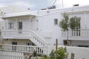 sunnysidehouse Antiparos Greece