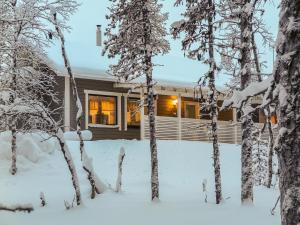 Holiday Home Hilla b - Hotel - Saariselkä