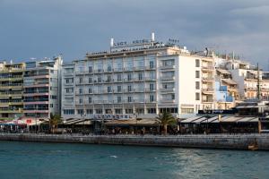 Lucy Hotel - Loukísia