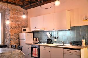 Appartamento Centro Storico - 6 ospiti - AbcAlberghi.com