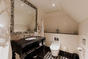 The Lalit London (5 of 76)