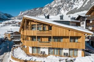 Sass Blanch Apartments - AbcAlberghi.com