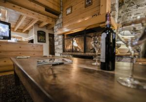 100 meters from shops and slopes - Hotel - Val d'Isère