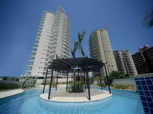 Apartamento de temporada na Praia da Enseada - Guarujá