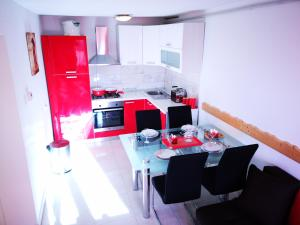 Apartman Sabine red - Hotel - Omišalj