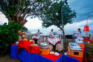 Bali Taman Beach Resort & Spa Lovina, Hotel  Lovina - big - 47