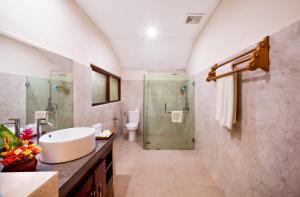 Bali Taman Beach Resort & Spa Lovina, Hotel  Lovina - big - 43