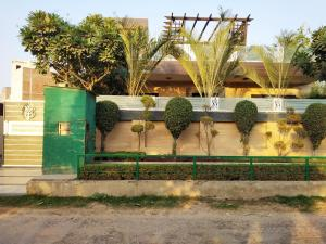 Green Nest - Private Garden with Your Room, Priváty  Gurugram - big - 10