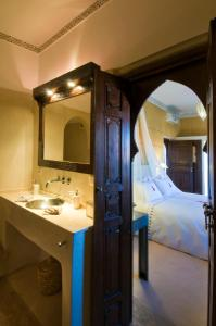 Deluxe Double Room Riad Charai