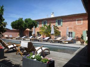 Location gîte, chambres d'hotes Le Mas De Gleyzes B&B de Charme dans le département Gard 30