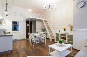 Cracow Glam&Palace Apartment Old Town