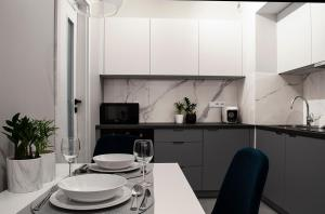 NavyBlue apartment Cracow free parking TV