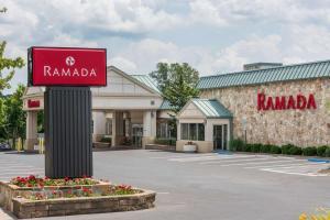 obrázek - Ramada by Wyndham State College Hotel & Conference Center