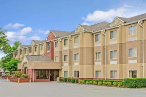 Microtel Inn by Wyndham Lake Norman