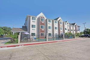 Microtel Inn & Suites by Wyndham Houston/Webster/Nasa/Clearlake - Clear Lake City