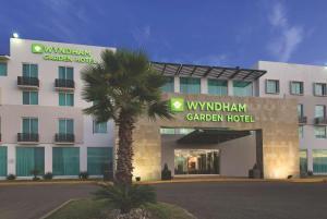 Wyndham Garden Silao Bajío Aer..