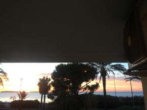 Cannes Terrace Beach Front & Sea view, Apartments  Cannes - big - 136
