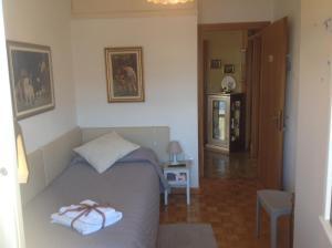 B&B Dora, Bed and Breakfasts  Colloredo di Monte Albano - big - 3