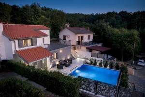 Luxury Villa FUTURE