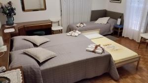 B&B Dora, Bed and Breakfasts  Colloredo di Monte Albano - big - 75