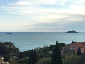 Fivestay - lovely flat between Lerici and Tellaro - AbcAlberghi.com