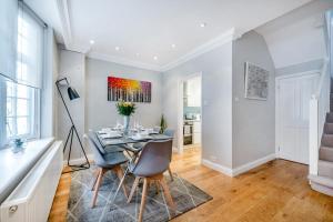 Victoria Mews House - By Sojourn, Apartmány  Londýn - big - 17