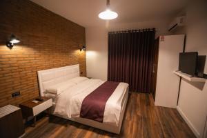 Hostel Elior - Vasqarr